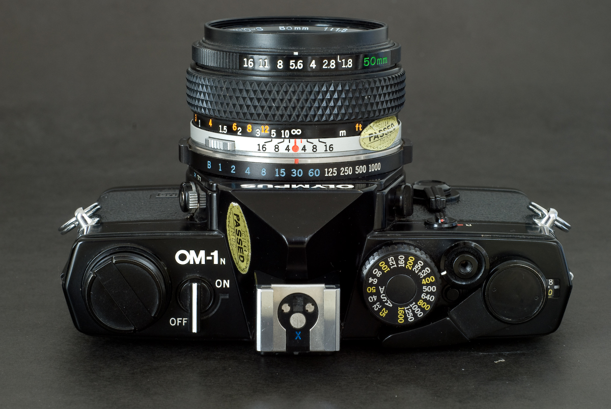 Olympus OM-1 (above view)