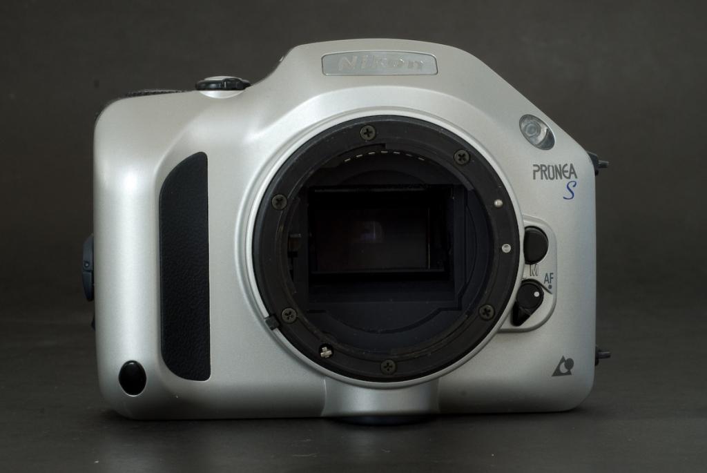 Nikon Pronea S (front)
