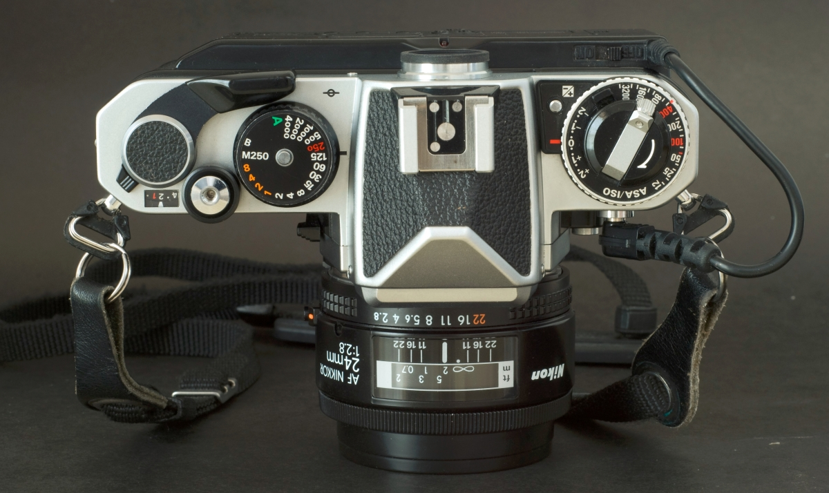 Nikon FE2 with MF-12 back