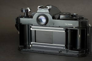 The FM Shutter has a mechanical metallic shutter. 1/1000sec - X sync speed: 1/125 sec. The FM2 and the FM3a have a much faster shutter with a max. shutter speed of 1/4000s and a sync. speed of 1/250.