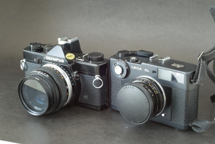 Olympus OM-1n (50mm f:1.8 lens) / Leica CL (40mm F:2 lens)