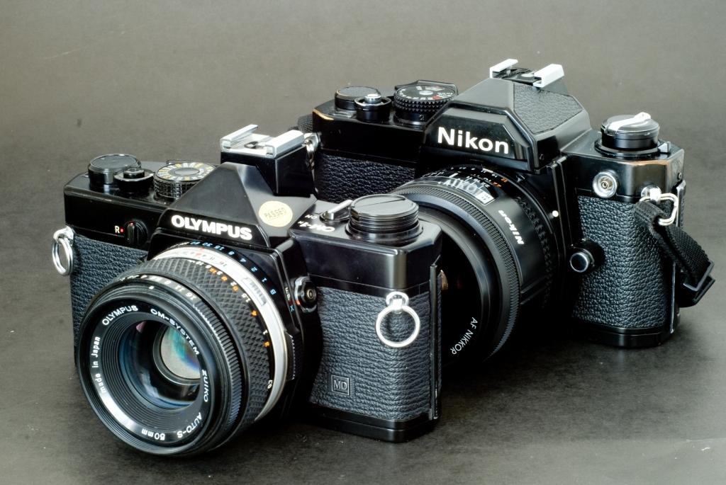Nikon FM / Olympus OM1n