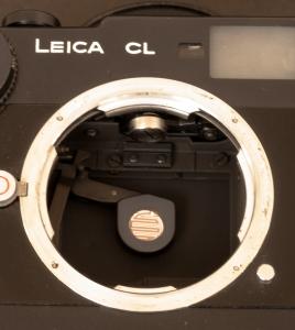 Leica CL -Armed shutter