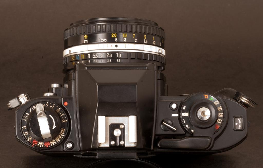 Nikon FG - The commands