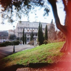 Rome-Coliseum-Holga 120 CFN