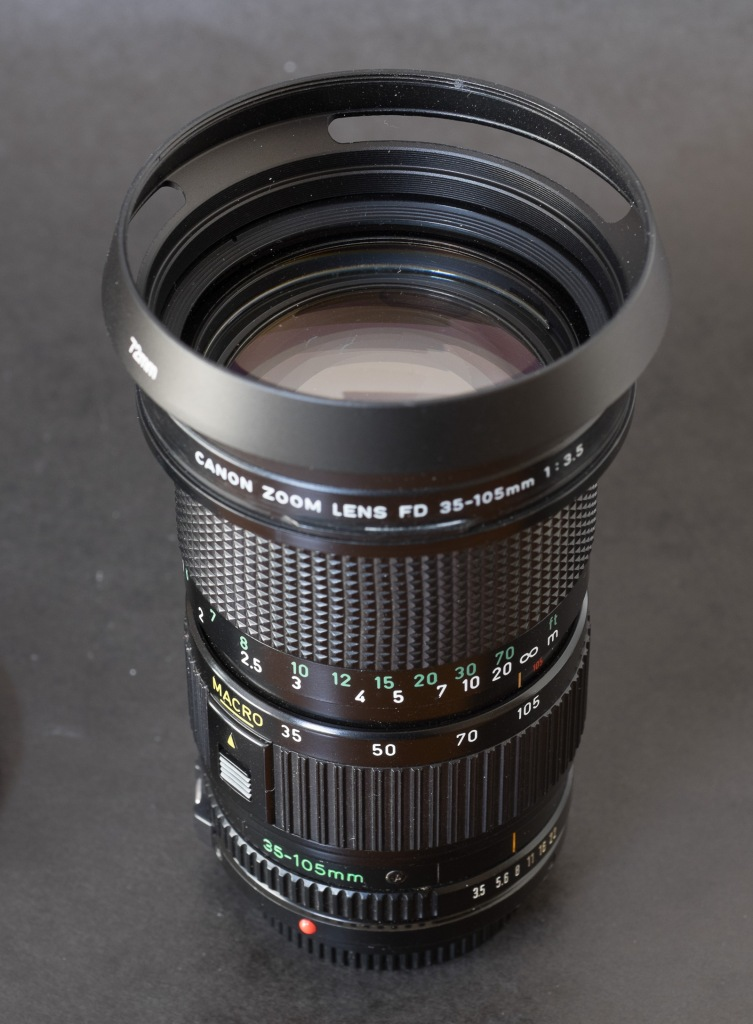 Canon FD Zoom 35-105 f/3.5 (3 rings)