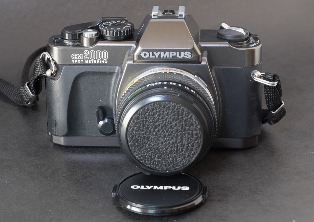Olympus OM-2000 - Apart from the lens mount, not much in common with the OM series
