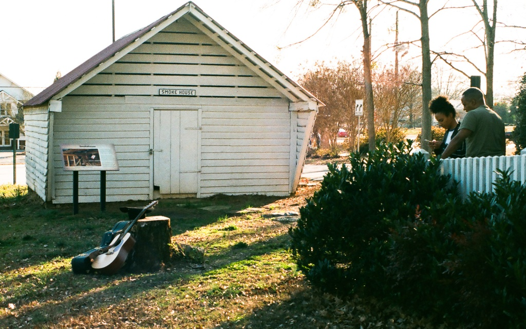 Singer and Videographer working on a clip - Mable House - Mableton, GA - (Fujica ST801, 43-75 Fujinon zoom)