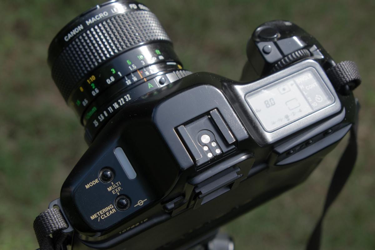 Canon-T90-6241