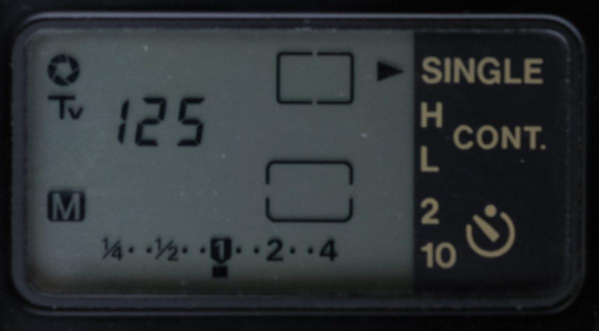 Canon-T90-6570