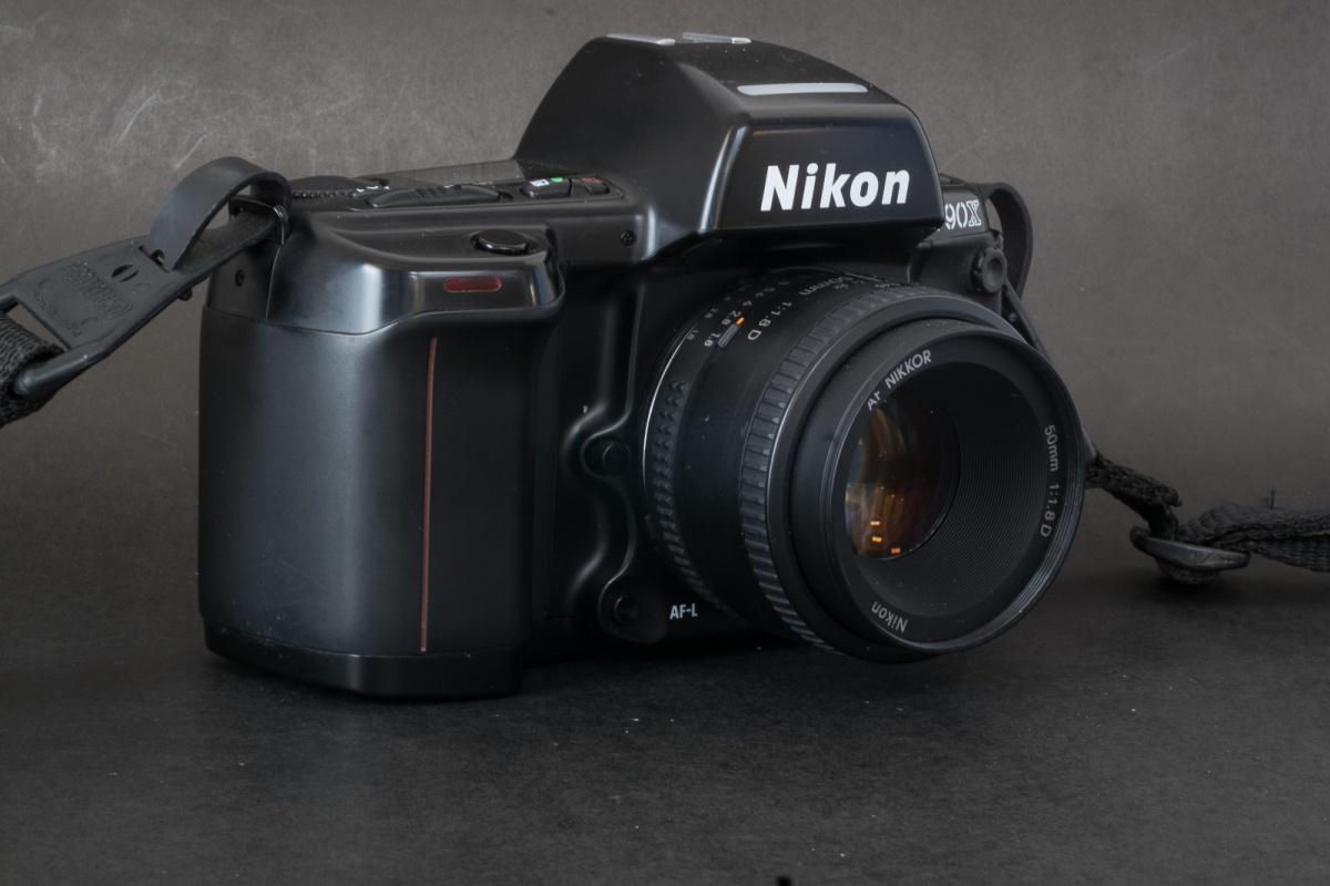 Nikon_N90-7296