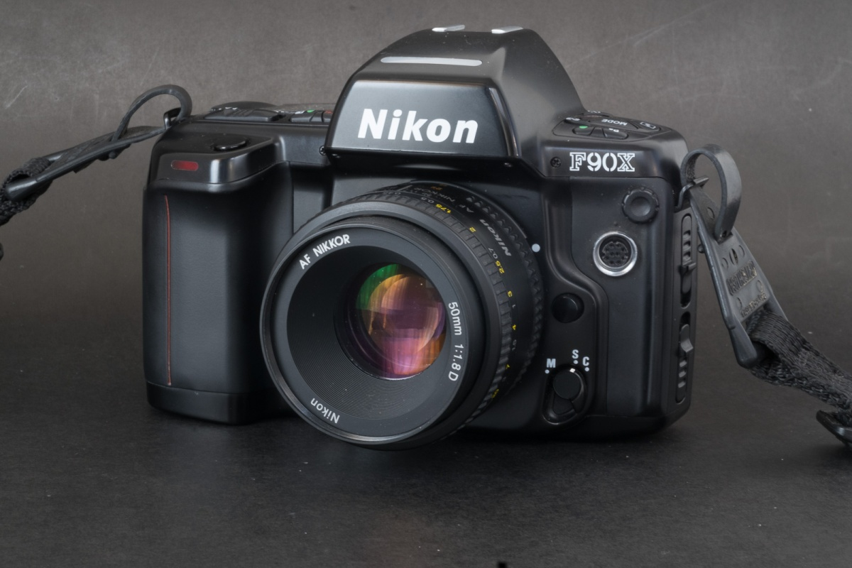Nikon_N90-7297