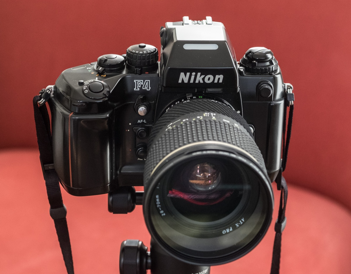 Nikon F4: is its auto-focus that bad?