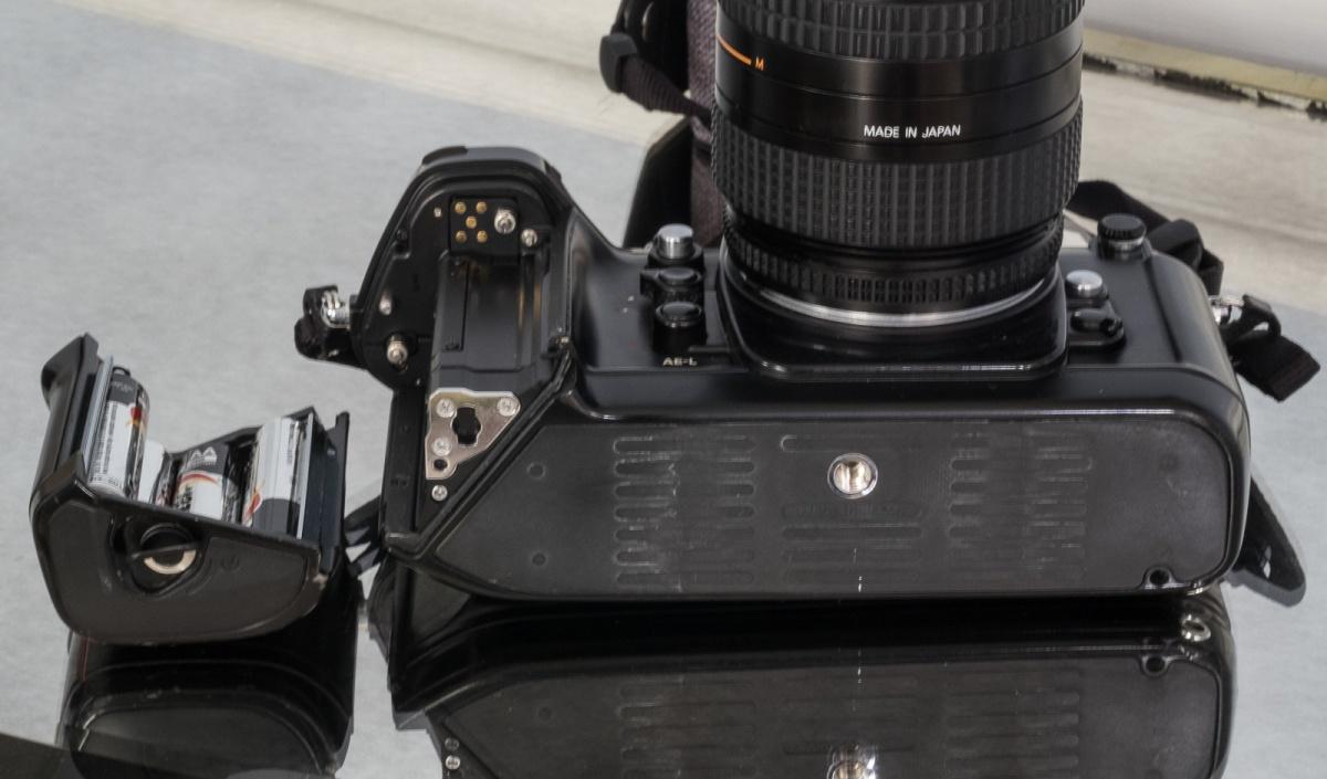 Nikon_F4-7499