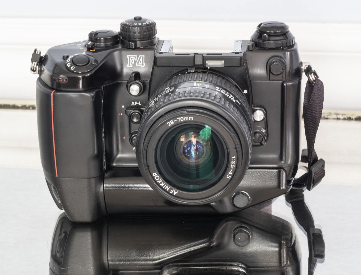 Nikon_F4-7501