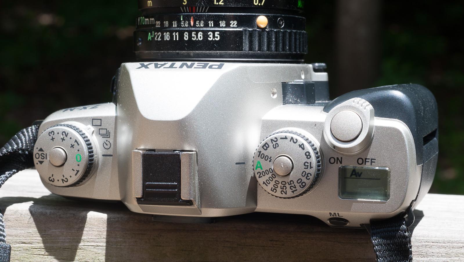 Pentax ZX-M-6697