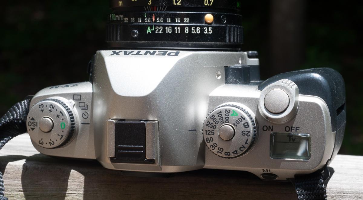 Pentax ZX-M-6698